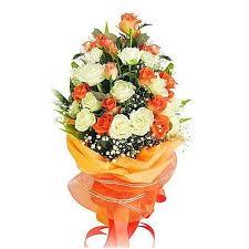 Vanzatoare florarie cu experienta